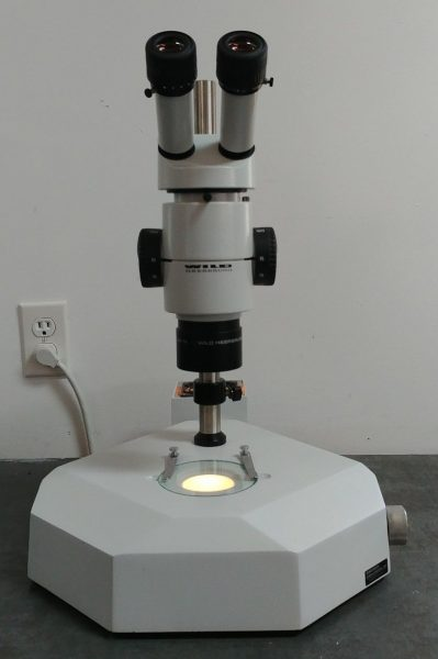 wild microscope m8 with transmitted light stand